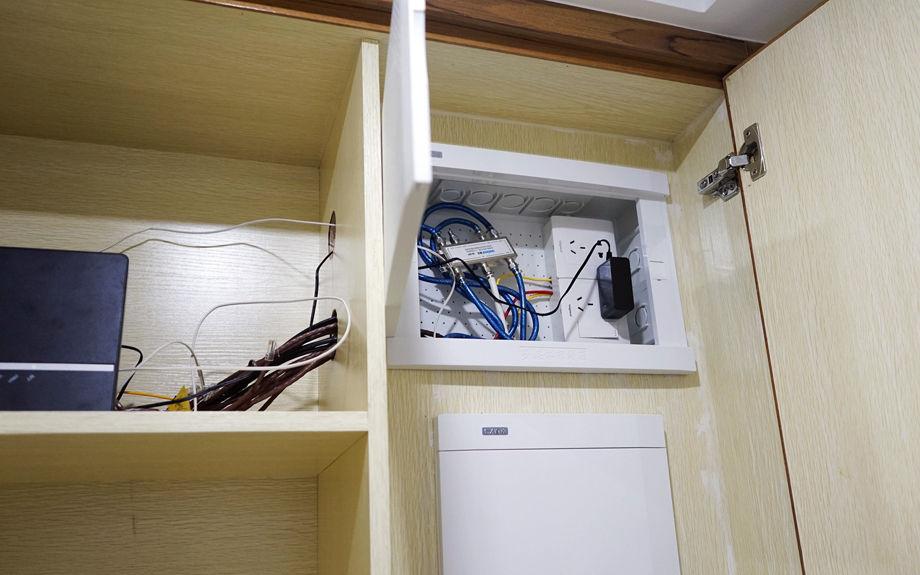 Wi-fi роутер в шкафу прихожей: можно ли ставить маршрутизатор в мебели?