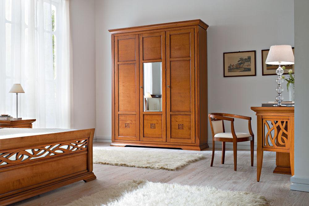 Двухстворчатый платяной шкаф 21 фото выбираем модели с зеркалом из массива дерева размеры двухдверных изделий