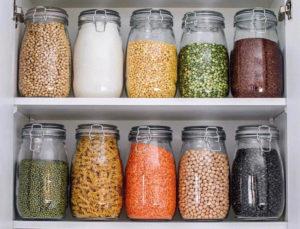 В кухонном шкафу завелись жучки – как от них избавиться?