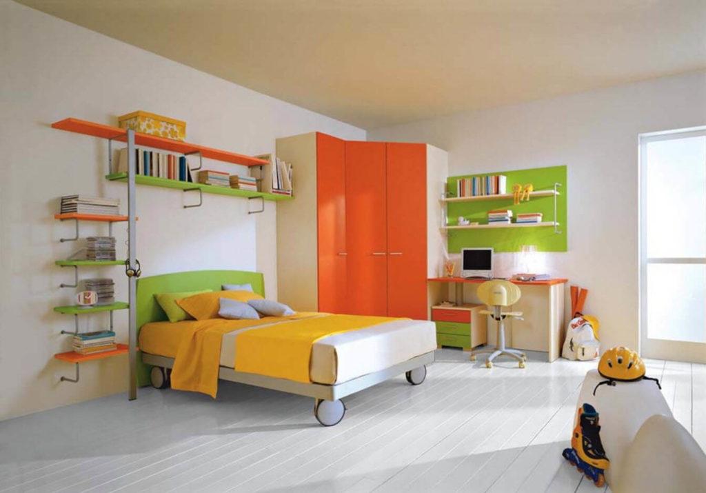 Оранжевый угловой шкаф