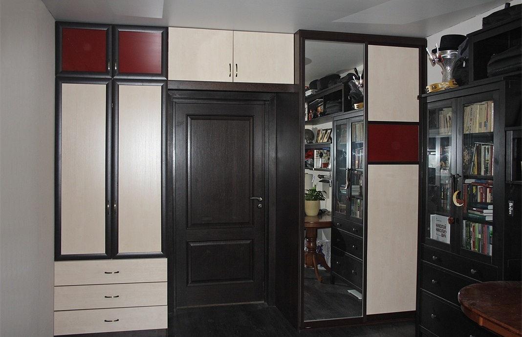 Комбинация фасадов шкафа