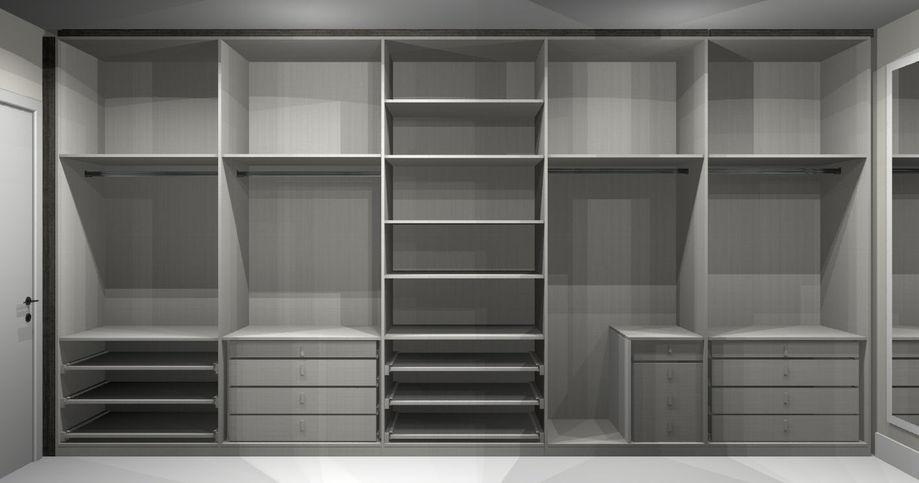 Широкий шкаф изнутри