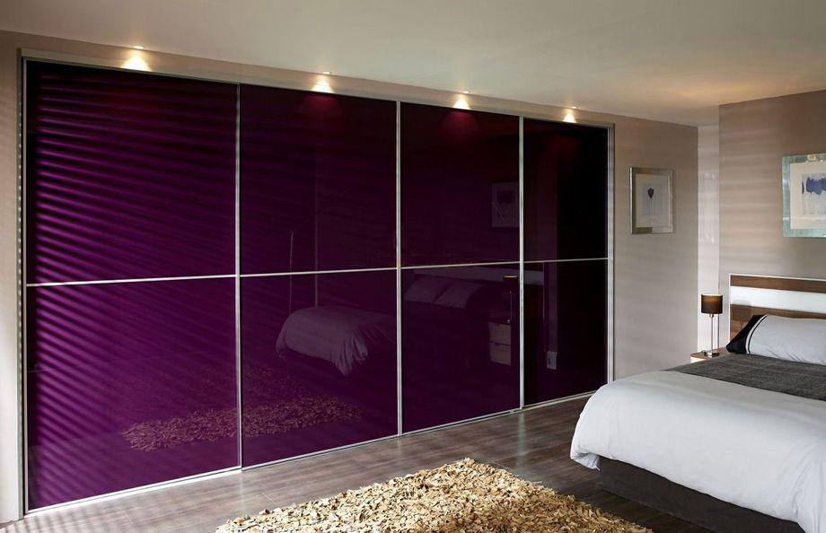 Шкафы-купе со стеклянными дверями: как выбрать модель по характеристикам и дизайну