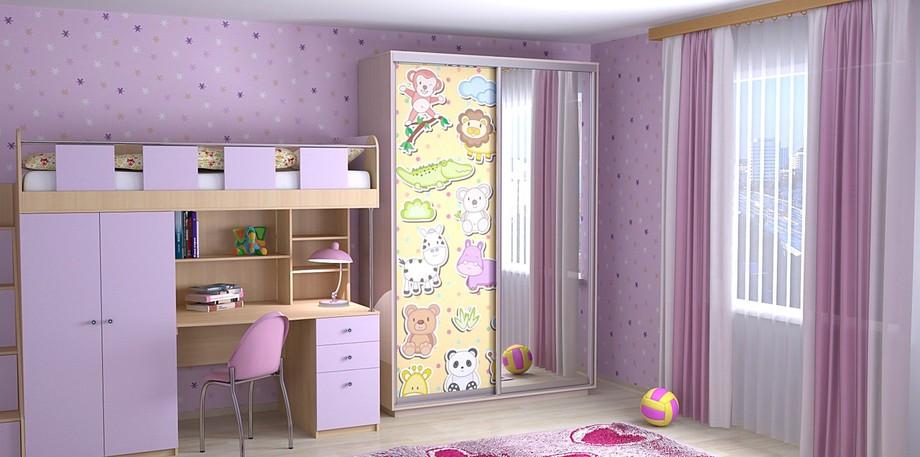 Светлая детская комната в сиреневом стиле