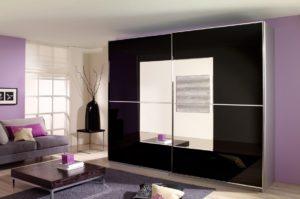 Стильный шкаф с зеркалами