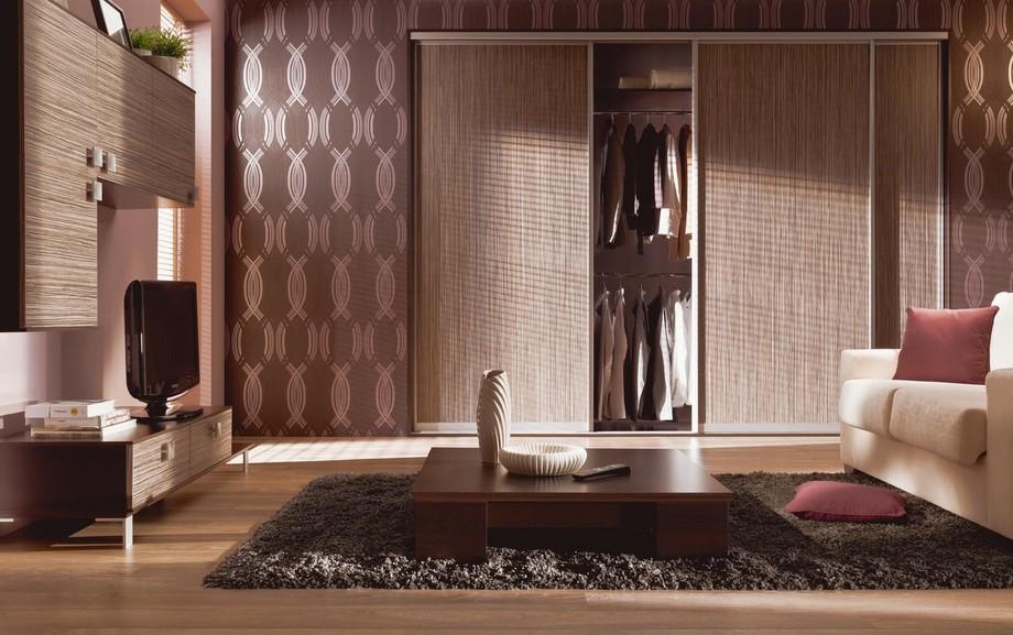Встроенный классический шкаф купе в гостиную