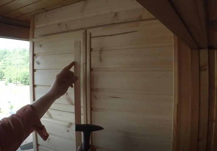 Как сделать встроенный шкаф из вагонки на балконе или лоджии?